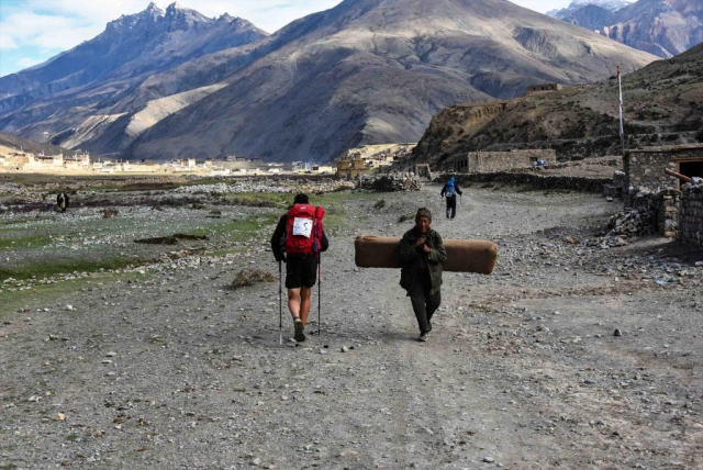 Great Himal Race. Arrival at  Dho.